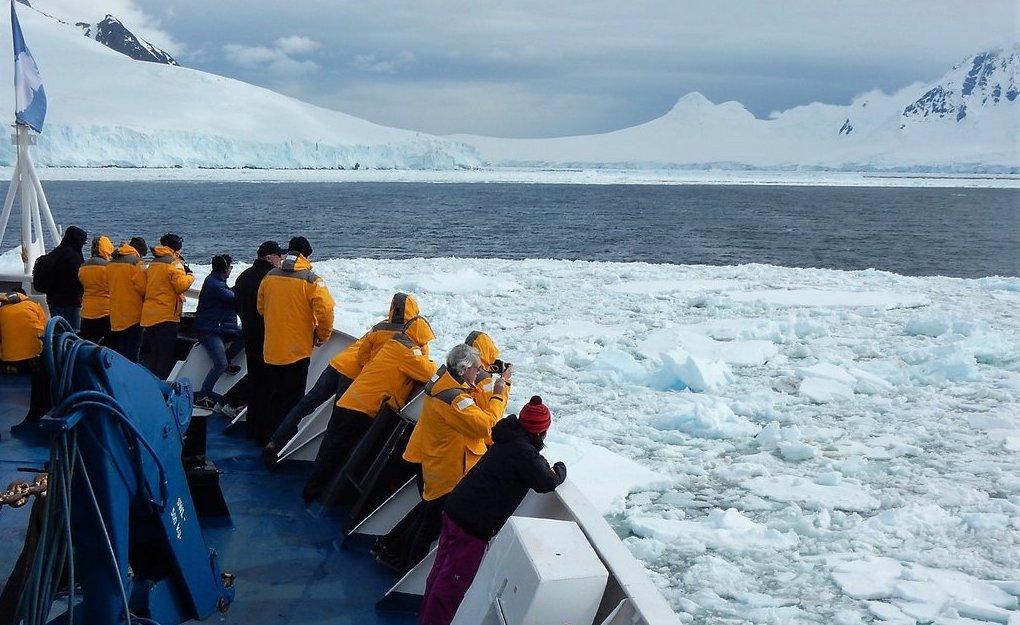 ¿Cómo se puede viajar a la Antártida?