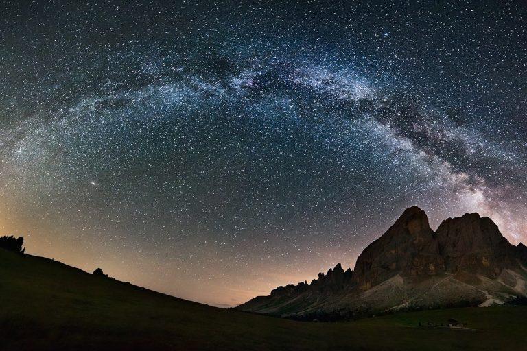 ¿Cómo se sabe la distancia a las estrellas?