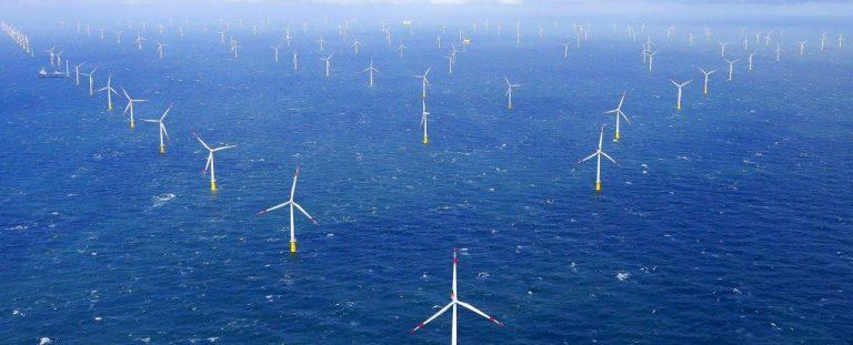 Alemania tenía tanta energía renovable en Navidad que tuvo que pagarle a la gente para usarla