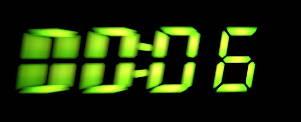 Hay una extraña razón por la que algunos relojes en toda Europa están atrasados 6 minutos