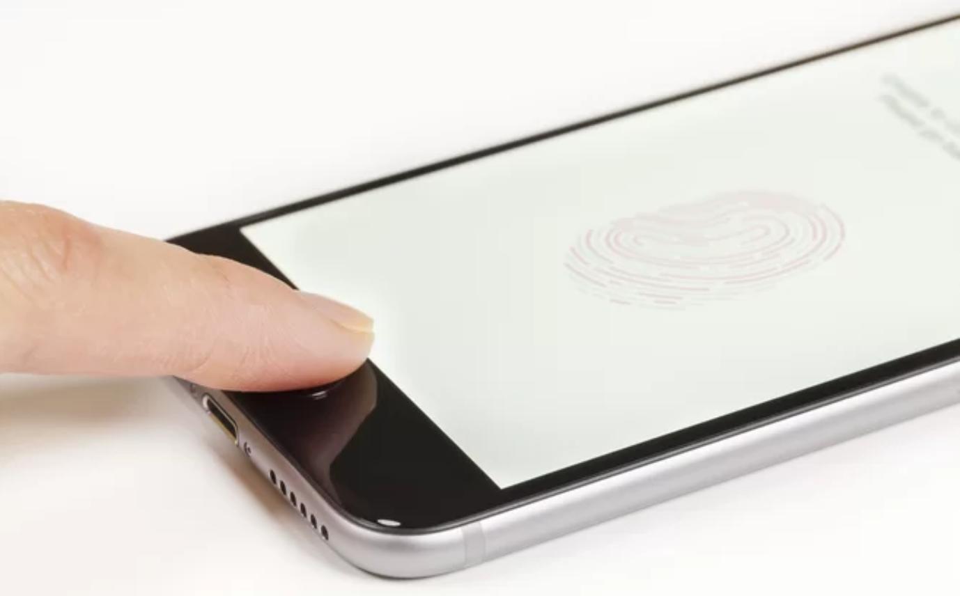 Por qué los dedos de un muerto (por lo general) no pueden desbloquear un teléfono