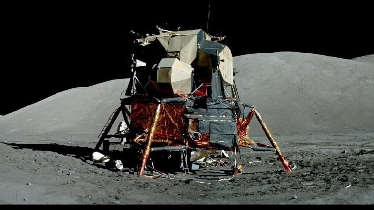 ¿Por qué el módulo lunar del Apolo 11 parecía hecho de papel?