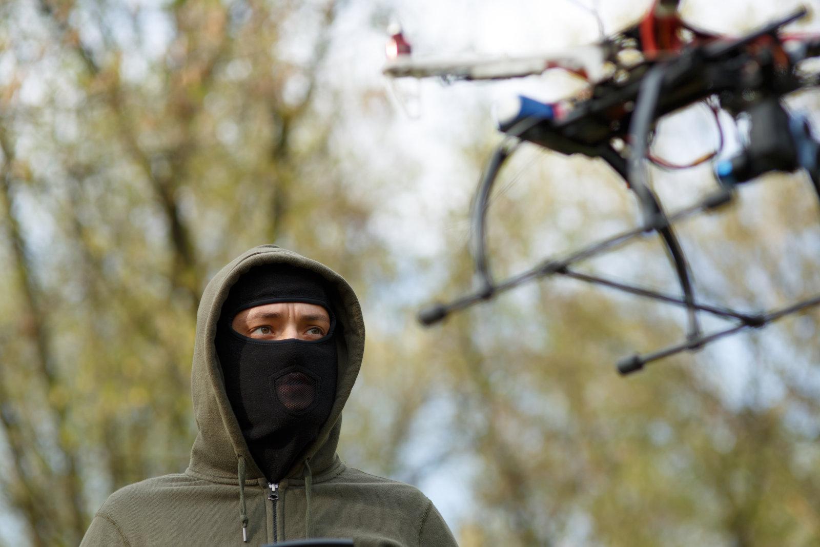 Los delincuentes ahora usan enjambres de drones para confundir a las fuerzas del orden