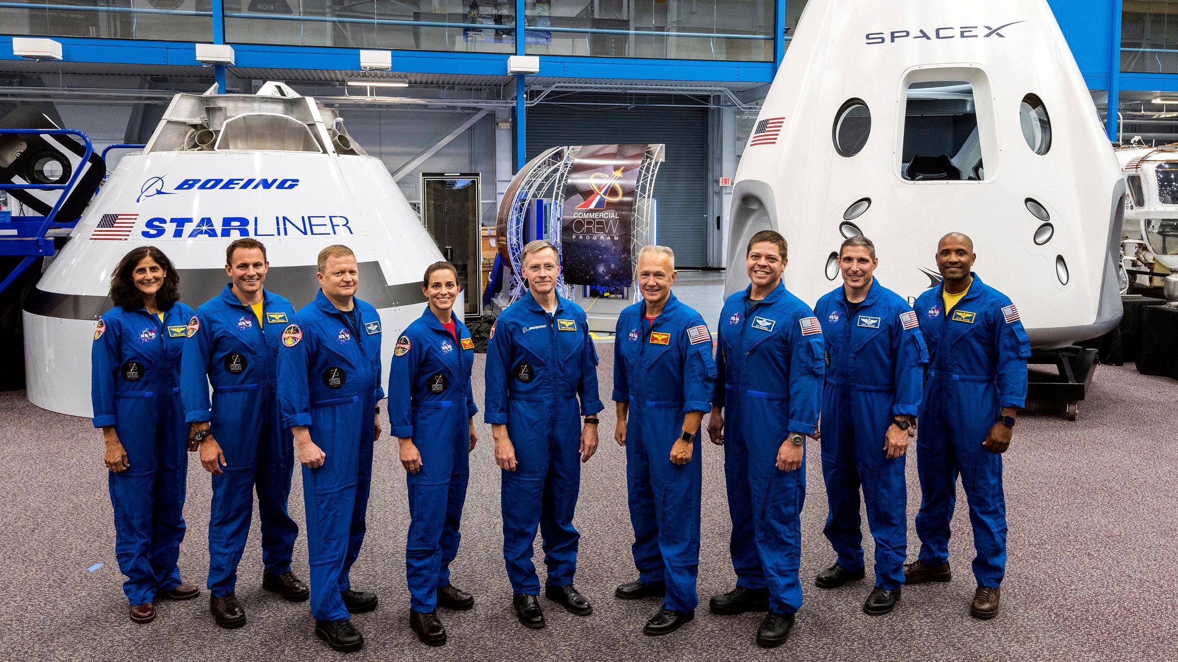 Estos 9 astronautas volarán los primeros vuelos en las naves espaciales de SpaceX y Boeing