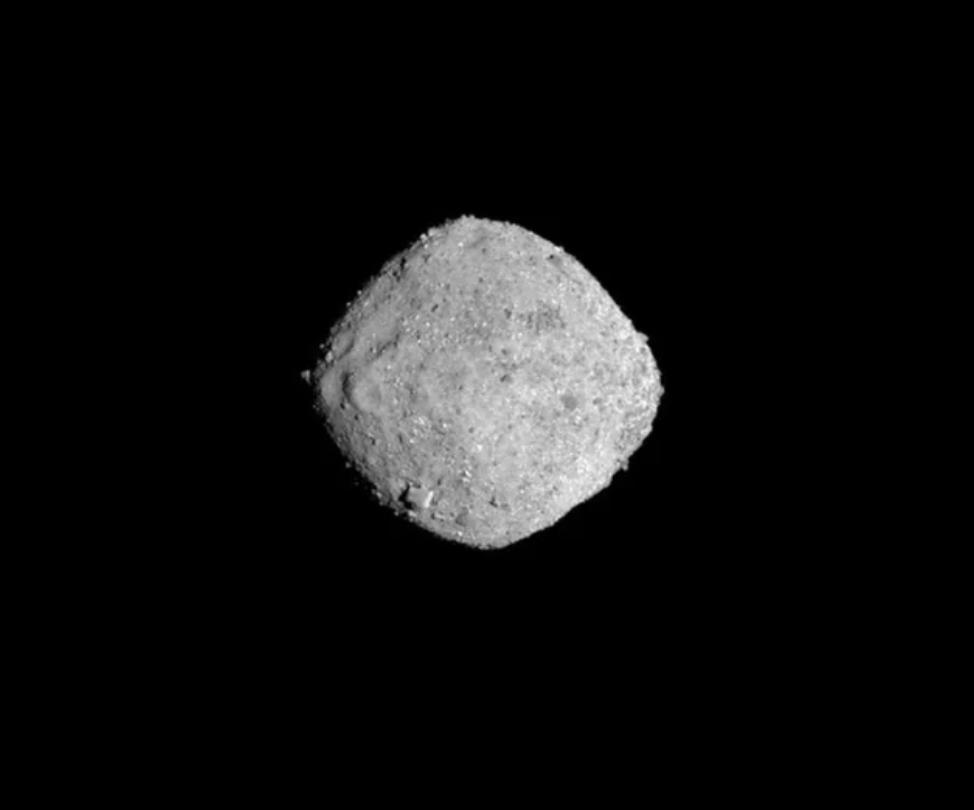 ¡Llegó! Después de un largo viaje de dos años, la nave espacial OSIRISREx ha llegado al asteroide Bennu