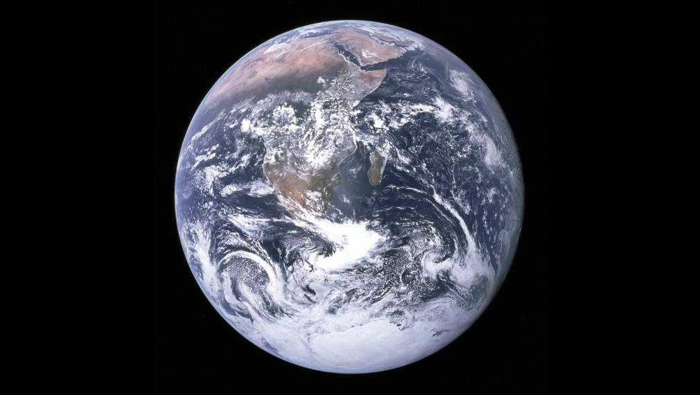 ¿Por qué parece redonda la Tierra en las fotografías tomadas desde el espacio?