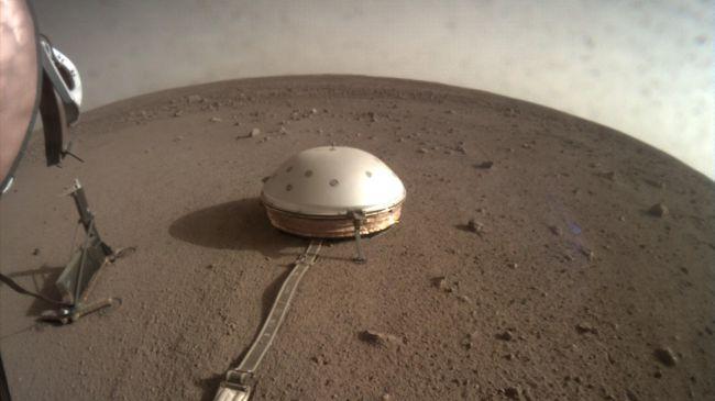 Primer sismo marciano detectado por la misión InSight de la NASA