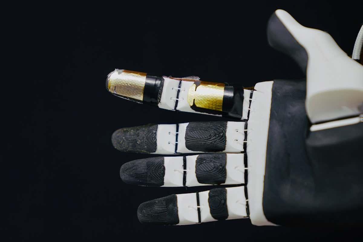 Piel artificial puede sentir 1000 veces más rápido que los nervios humanos
