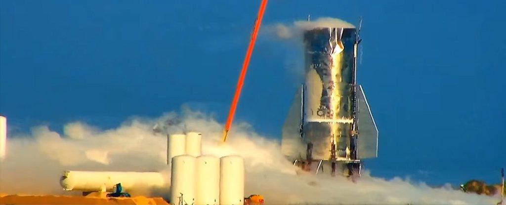 El cohete Starship Mark 1 de SpaceX explotó parcialmente durante una prueba de presión