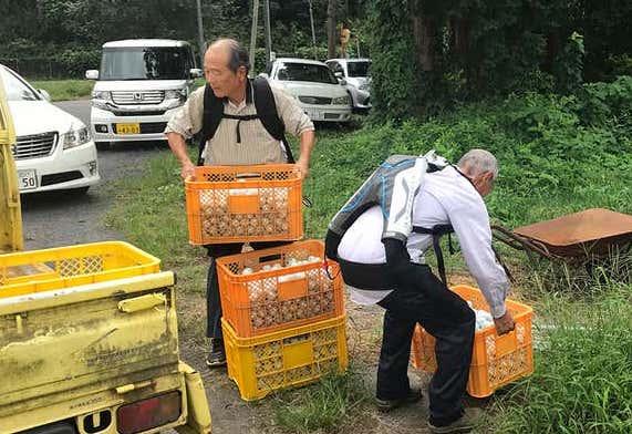 La gente en Japón usa exoesqueletos para seguir trabajando a medida que envejecen