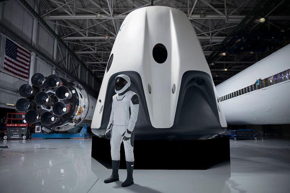 ¡Histórico! SpaceX llevará a sus primeros humanos a la estación espacial en mayo