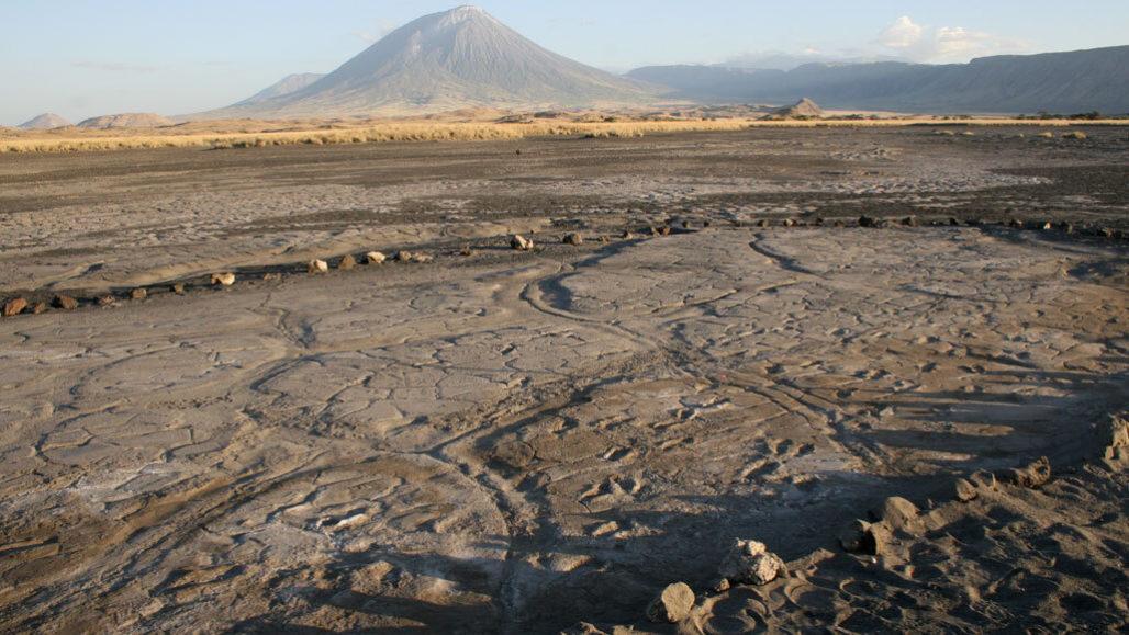Encontrada la mayor colección de huellas humanas antiguas de África