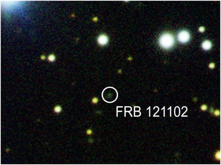 Astrónomos detectan más de mil ráfagas de radio rápidas en solo 47 días