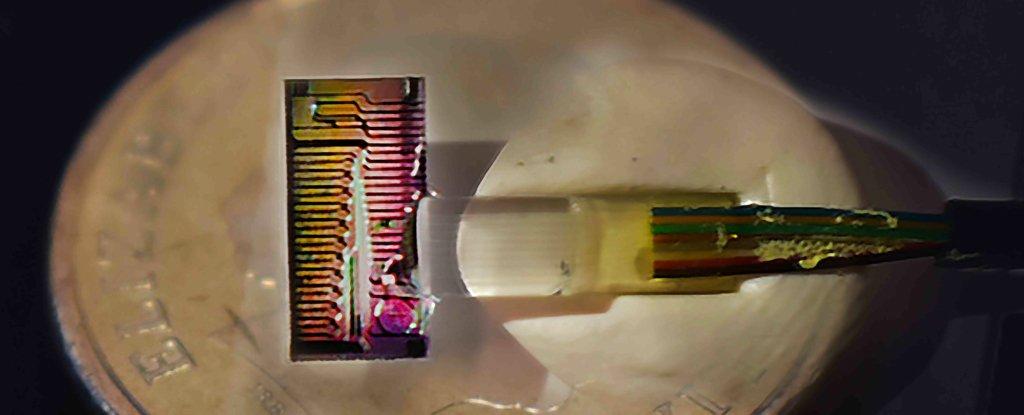 Ingenieros prueban con éxito nuevo chip con velocidad de descarga de 44.2 Terabits por segundo