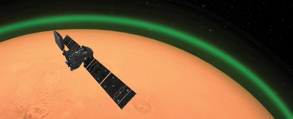 Astrónomos detectan un fascinante resplandor verde en la atmósfera de Marte