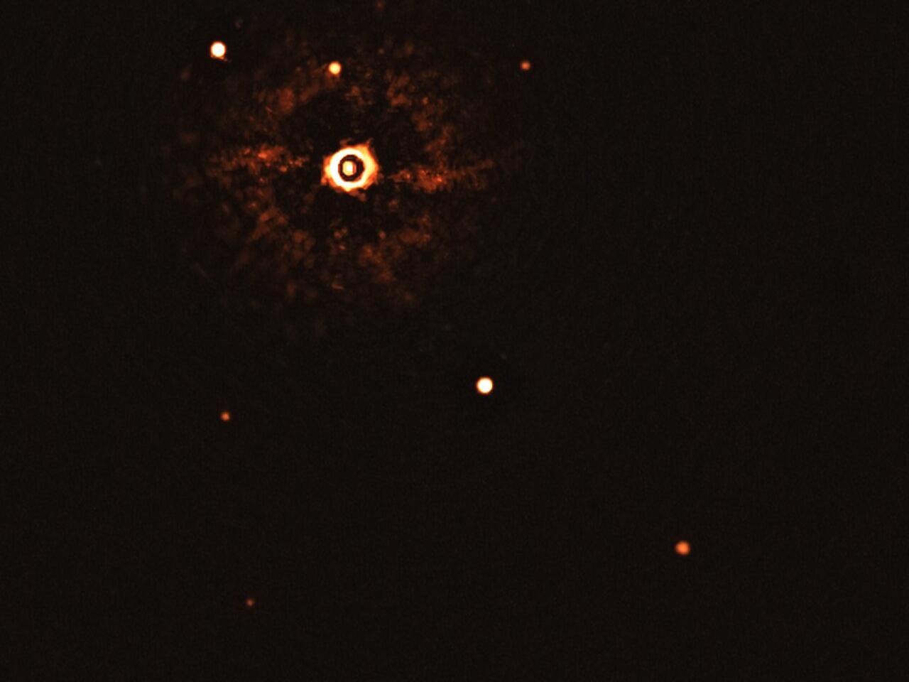 ESO: mira la primera imagen de un sistema de varios planetas en una estrella similar al Sol