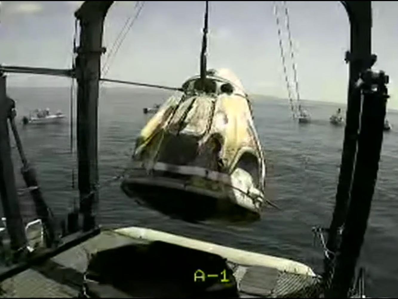 NASA: dos astronautas a bordo de la capsula SpaceX regresaron a la Tierra