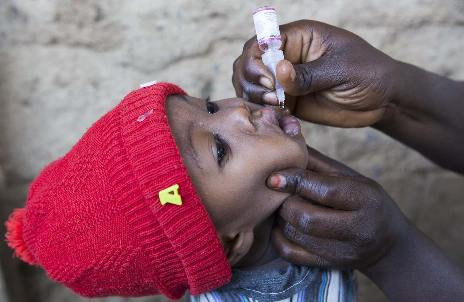 La OMS declara a África como libre de la polio