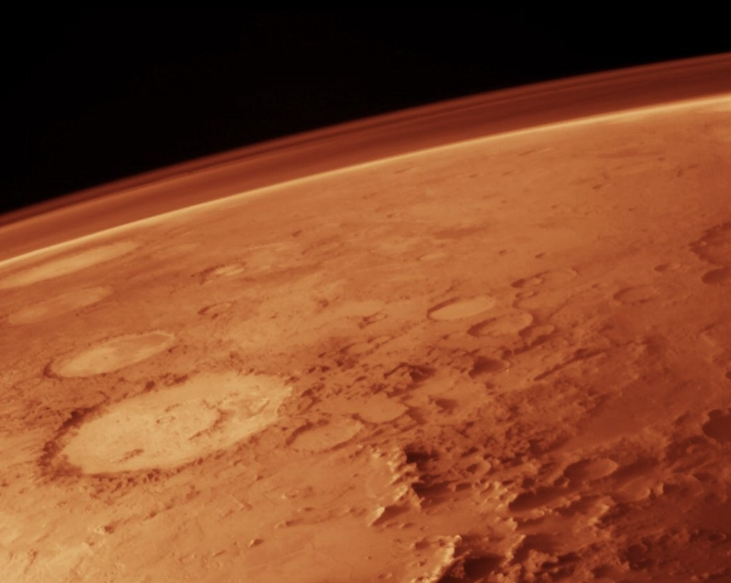 Científicos encuentran una red de lagos ocultos bajo el Polo Sur de Marte