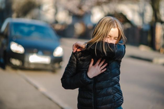 ¿Por qué se siente tan bien estornudar?
