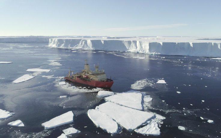 Ríos ocultos de agua cálida ponen en riesgo a uno de los glaciares más grandes de la Antártida