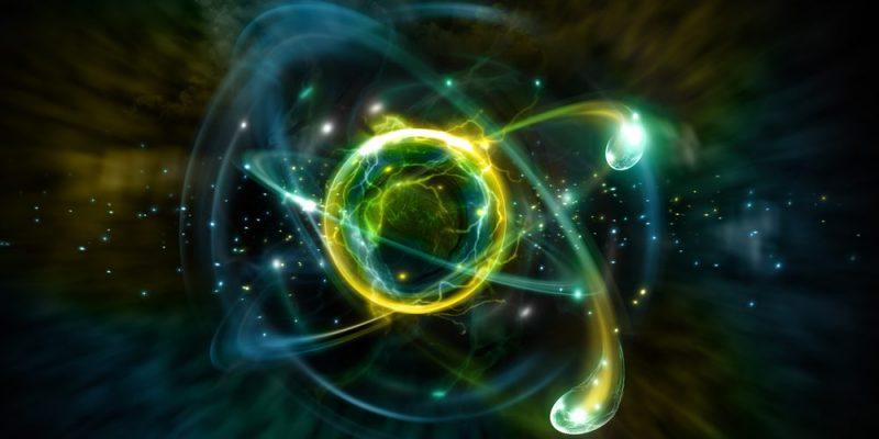 ¿Las partículas subatómicas tienen color?