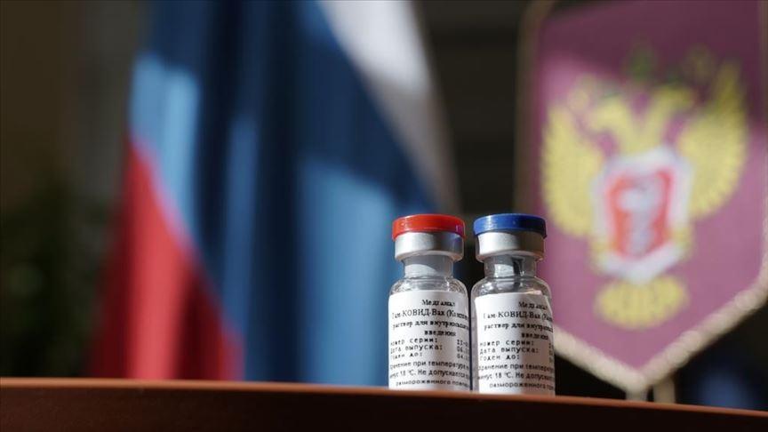 La vacuna rusa publica sus primeros resultados, pero los expertos mantienen el escepticismo