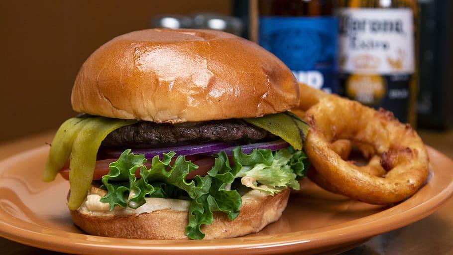 Mecanismo hormonal recién descubierto detiene la producción de grasa después de comer y podría tratar la obesidad