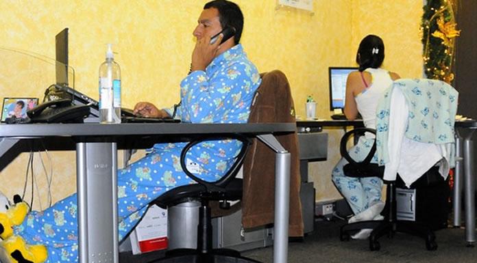 ¿Usar pijamas en casa afecta la productividad laboral?