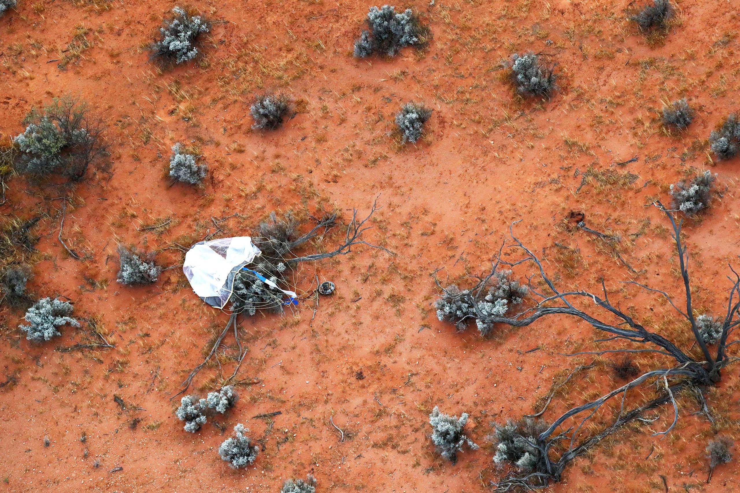 Ya llegaron a la Tierra las muestras del asteroide Ryugu
