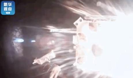 La sonda Chang'e 5 de China despega de la Luna con muestras recolectadas