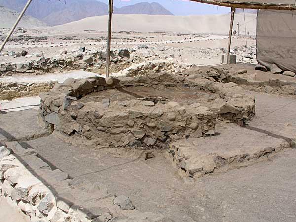 Caral, la ciudad más antigua de América, bajo riesgo debido a invasiones