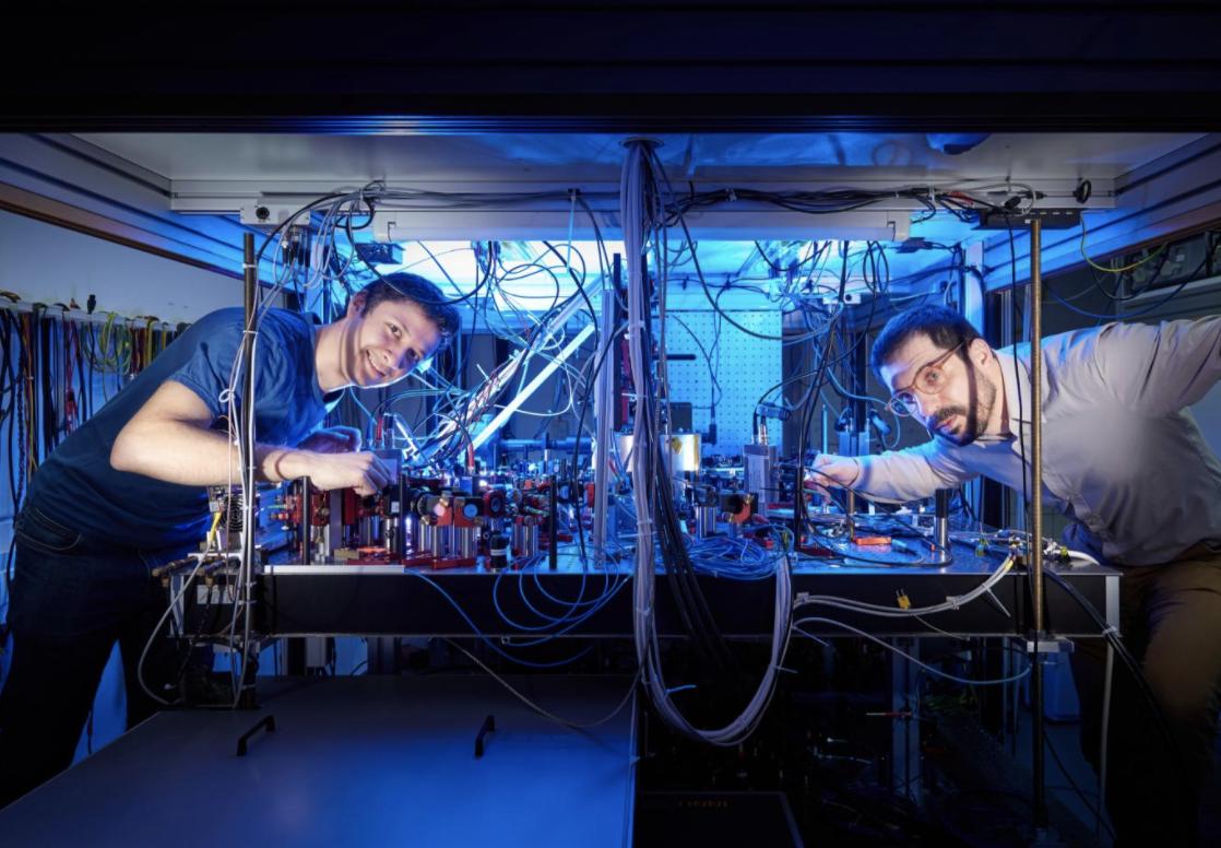 Físicos encuentran el límite de velocidad para el mundo cuántico