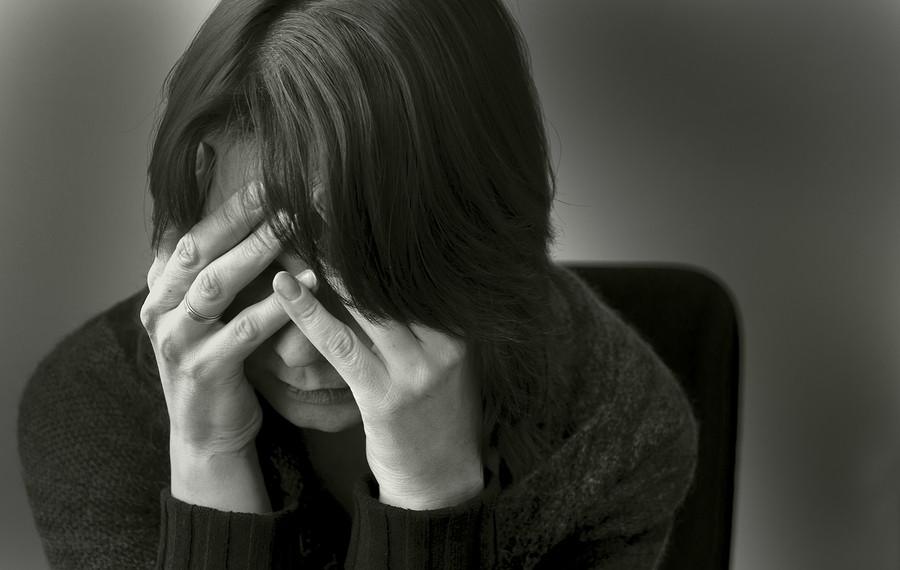 Las personas con depresión tienen diferencias en sus neuronas, revela análisis post mortem