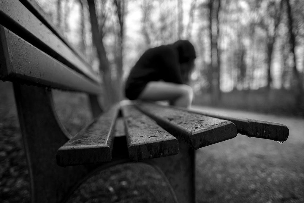 Estudio revela que las personas con tendencias suicidas perciben el tiempo más lento