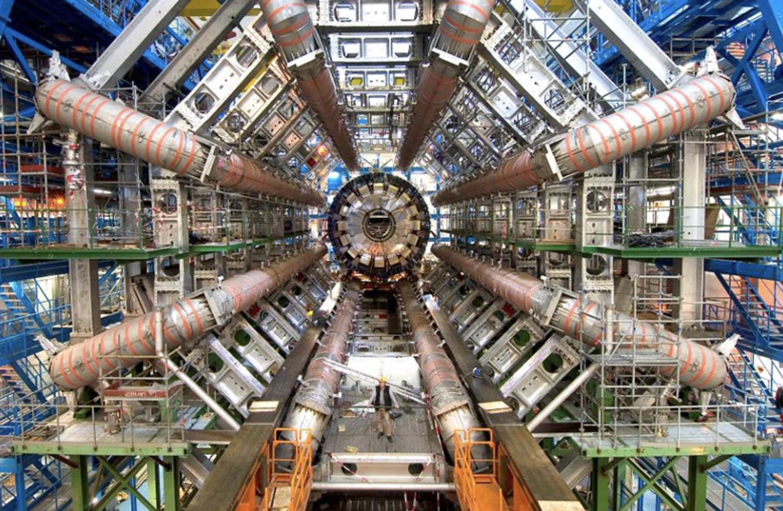 CERN: Físicos descubren cuatro nuevas partículas en el Gran Colisionador de Hadrones