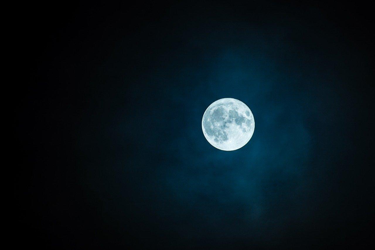 Los ciclos menstruales parecen sincronizarse temporalmente con los ciclos lunares
