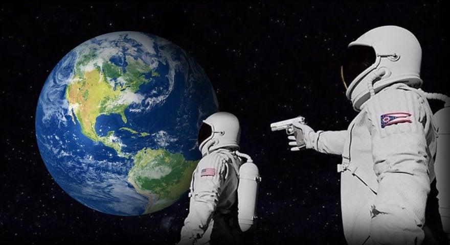 ¿Se puede disparar un arma en el espacio?