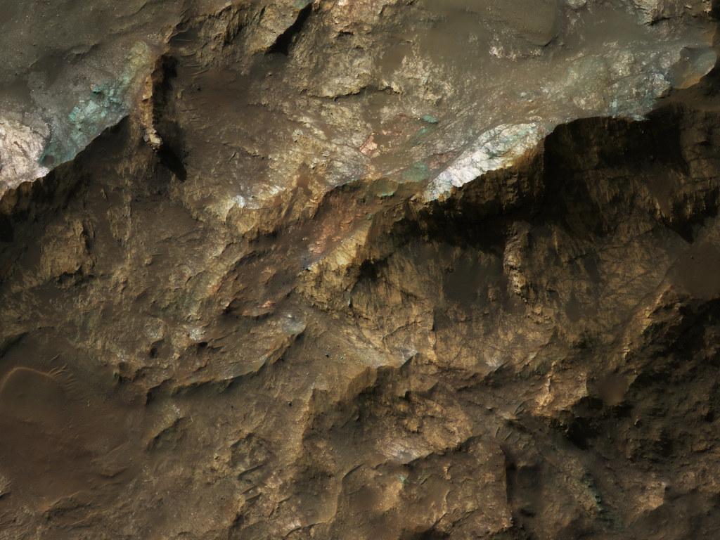 Marte tiene los ingredientes adecuados para la vida microbiana debajo de su superficie