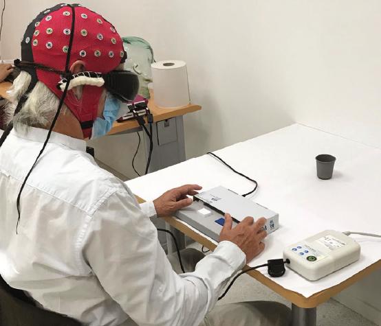 Prometedora terapia con genes de algas unicelulares devuelve visión parcial a un hombre ciego