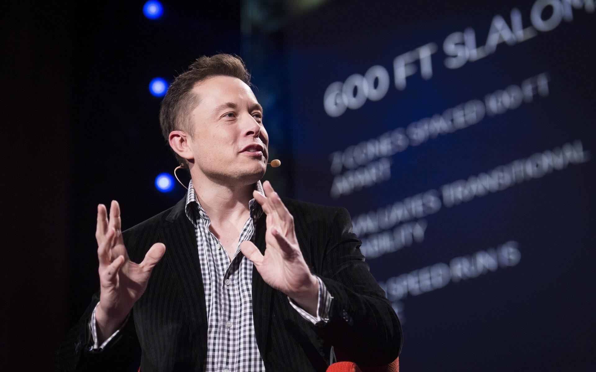 Elon Musk y Jeff Bezos pelean por ser quién lleve a los humanos a la Luna