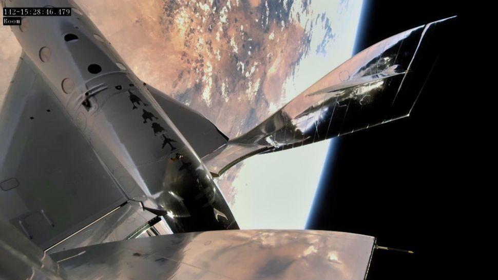 Virgin Galactic lanza primer vuelo espacial desde su puerto espacial en Nuevo México