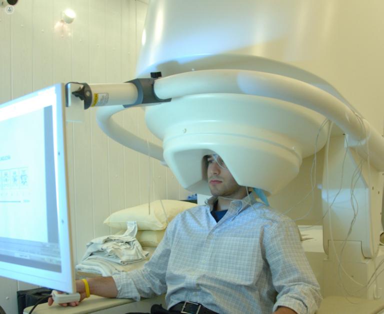 El descansar despierto mientras aprendemos algo hace que nuestro cerebro consolide una nueva habilidad