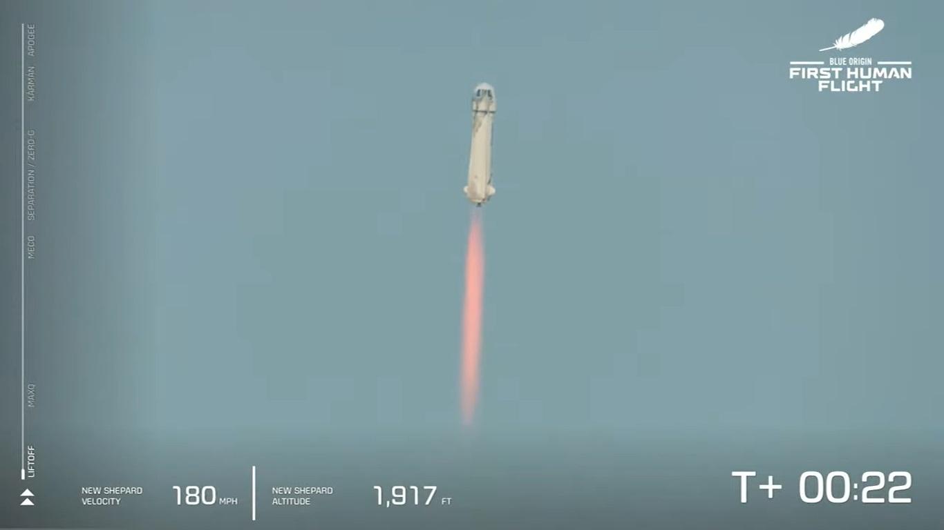 Jeff Bezos realiza su primer vuelo espacial con su empresa Blue Origin