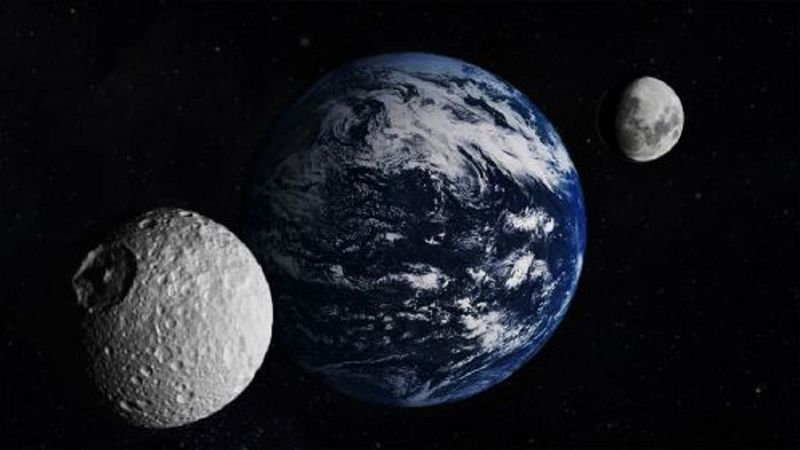 ¿Qué pasaría con la Tierra si tuviera dos lunas? (o ninguna)